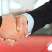 Sprzedaż środka trwałego, samochodu, wyposażenia w trakcie zawieszenia działalności a podatek VAT